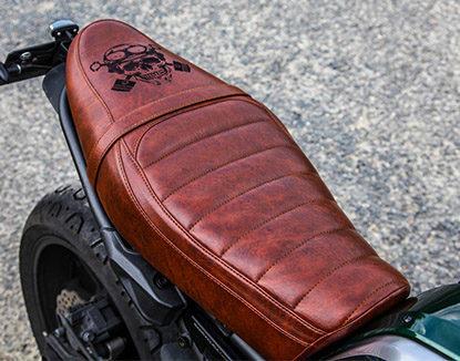 Sellerie Moto Confort Accueil   Vente Selle moto Accueil - C R Création 33cdcf6947e